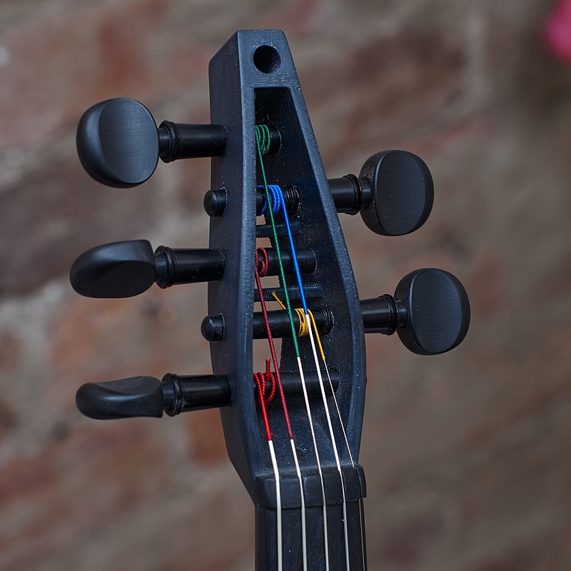 Violorama Sycorax five string electric violin pegbox